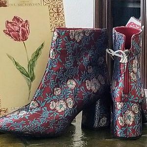 Gianni Bini Shoes - Reduced-Gianni Bini Designer Booties